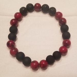 ♣️ Classic cool red and black stretch bracelet